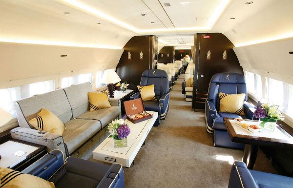 BBJ2-interior
