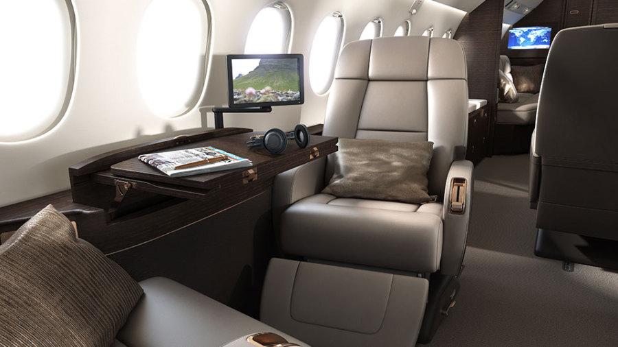 falcon-900-interior